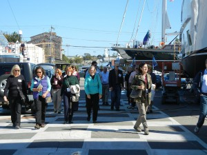 Journalists on Metcalf field trip during Association of Opinion Journalists Convention in Newport